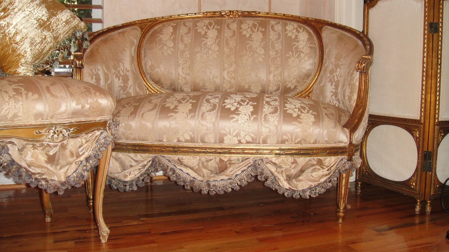 french antique settee sofa loveseat circa s scallops french fabric must se ebay